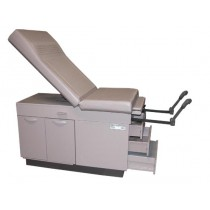 Ritter 108 Exam Table With A Cabinet Base